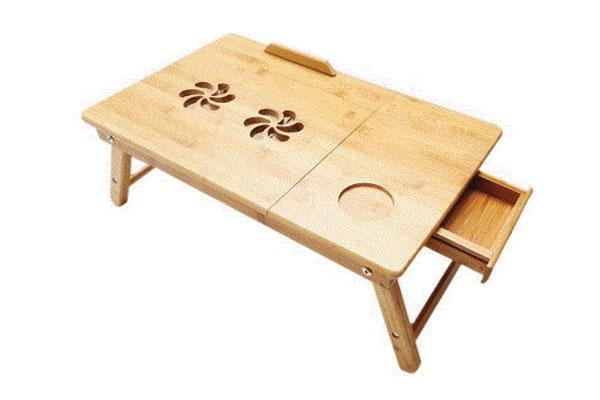 Bàn gấp laptop bằng gỗ cao su có khay đựng nguồn và quạt tản nhiệt do Đại lợi sản xuất