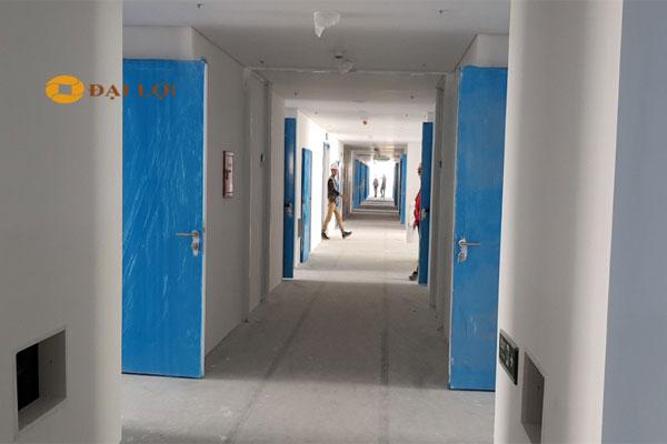 Hệ thống cửa thép chống cháy tại LG khi lắp hoàn thiện