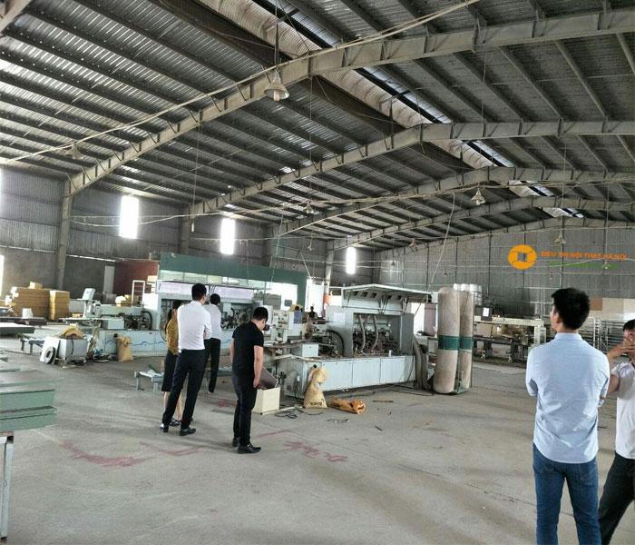 Hệ thống máy móc bên trong nhà xưởng sử dụng hệ thống máy móc của Nhật Bản