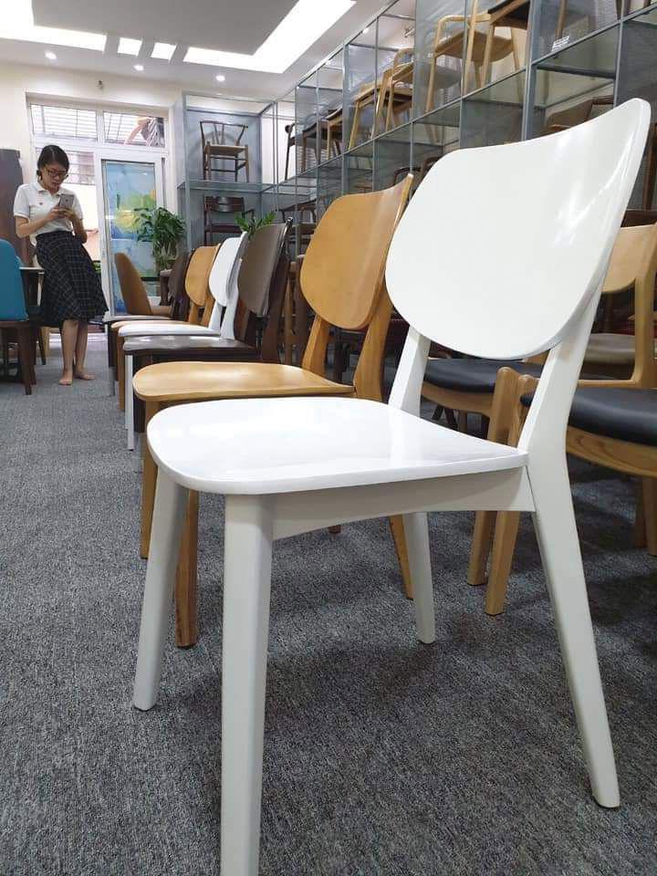 Mẫu 10 ghế gỗ cafe hiện đại