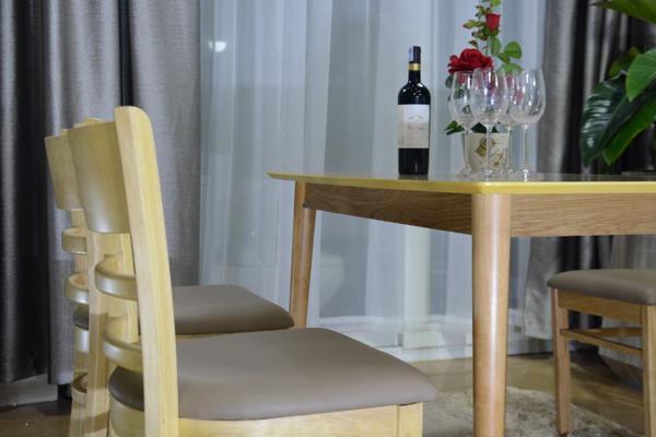 bàn ghế ăn Mostar màu gỗ tự nhiên