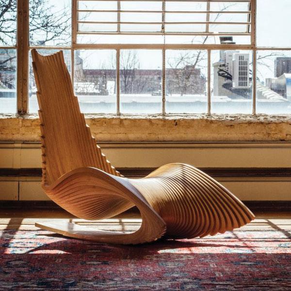 Ghế Poang gỗ điêu khắc