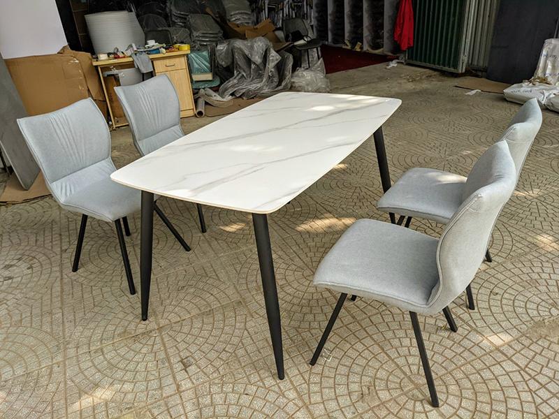 Bộ bàn mặt đá 4 ghế Wizen