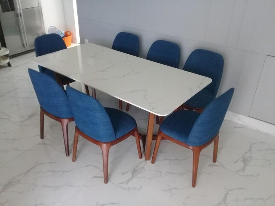 Bộ bàn ăn mặt đá 8 ghế