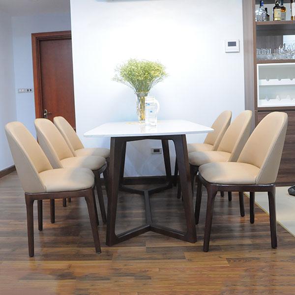 Bộ bàn ăn 6 ghế Dragon 110 được bọc từ da CLEO