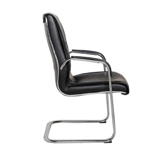 Tay ghế làm từ thép mạ crom bọc viền nhựa PVC giúp bạn đặt tay êm ái hơn
