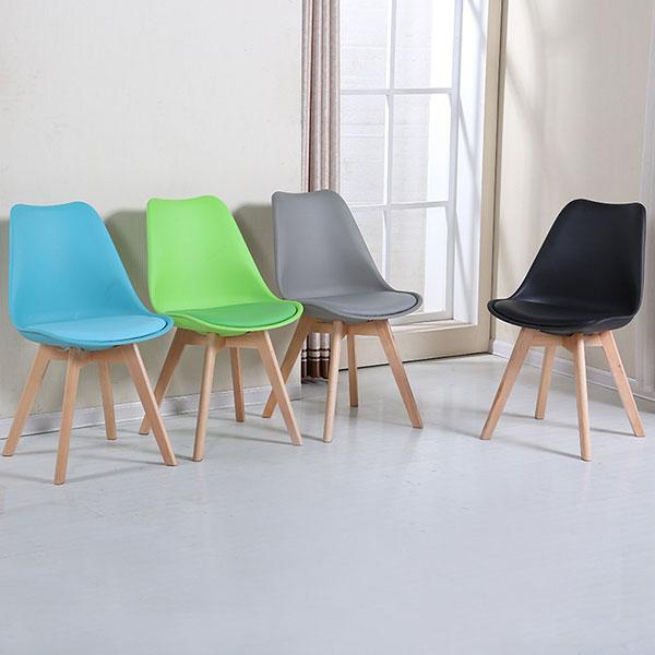 Ghế Eames Đệm được sử dụng rất phổ biến hiện nay. Làm ghế cafe, ghế ăn, ghế trang điểm, ghế làm việc...