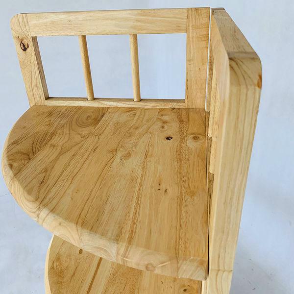Kệ Góc Tường tại Đại Lợi được làm từ gỗ cao su tự nhiên. Đã qua tẩm sấy chống mối mọt
