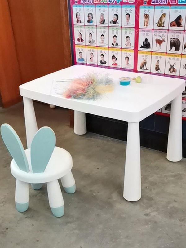 hình chụp thực tế bộ bàn ghế tai thỏ cho bé