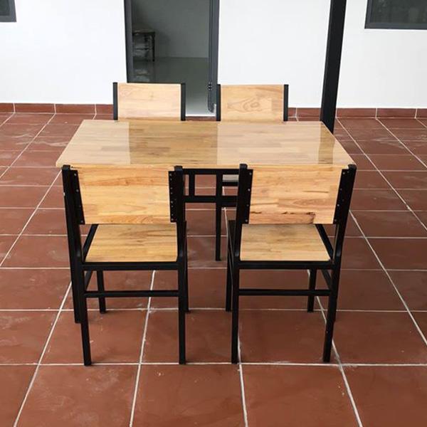 Bộ sản phẩm gồm 1 bàn + 4 ghế