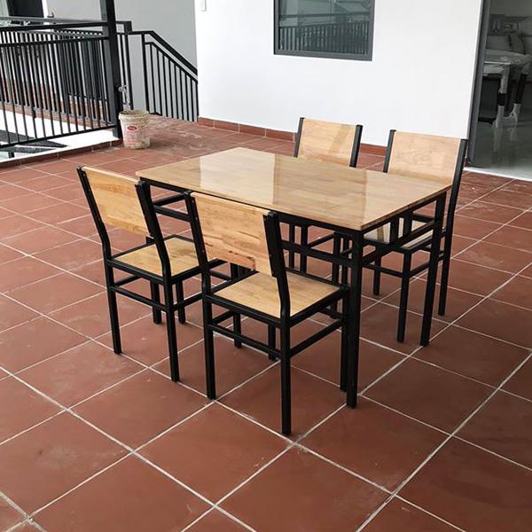 Gia công bàn ghế nhà hàng tại Hà Nội theo yêu cầu