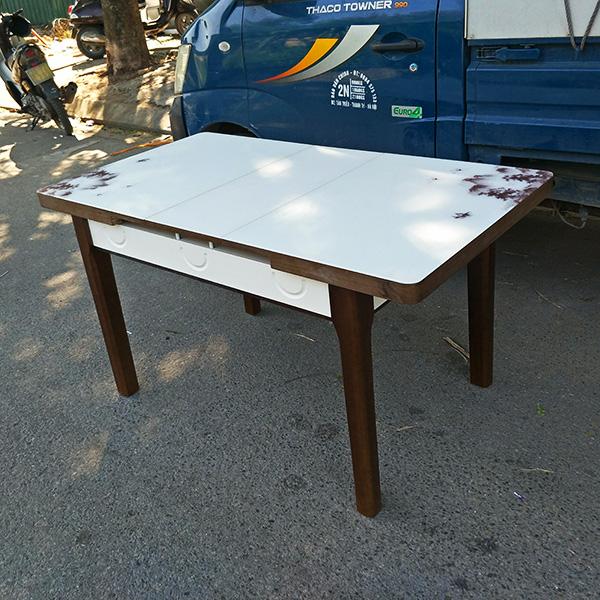 Kích thước bàn sau khi được kéo dài 75x140cm