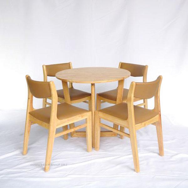 Bộ bàn Concorde tròn kết hợp với 4 ghế Nord làm bàn ăn hoặc bàn ghế cafe