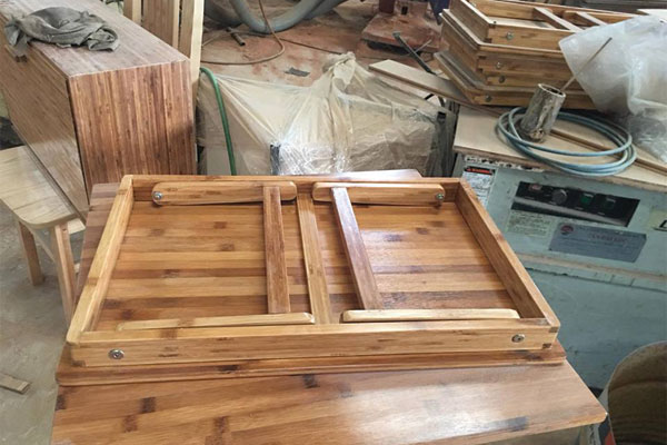 sử dụng chất liệu gỗ Tre ép tự nhiên