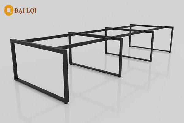 Khung bàn làm việc làm từ sắt sơn tĩnh điện cao cấp chống hoen rỉ, có thể chọn các màu đen, trắng, xanh, đỏ theo yêu cầu của khách hàng