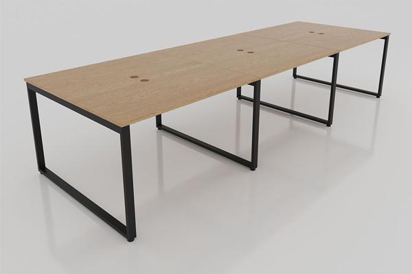 Mặt bàn làm việc nhóm được cấu tạo từ 3 chiếc bàn vô cùng chắc chắn