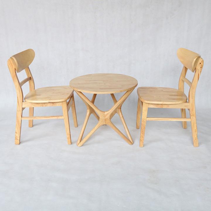 Bàn chân sao kết hợp ghế Mango
