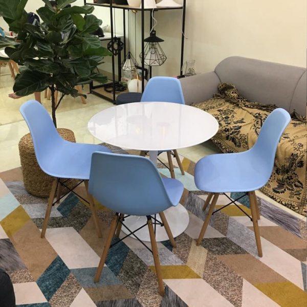 Bộ bàn tulip và 4 ghế Eames màu xanh dương