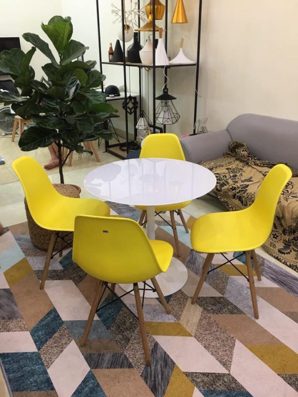 Bộ bàn Tulip 80cm và 4 ghế Eames màu Vàng