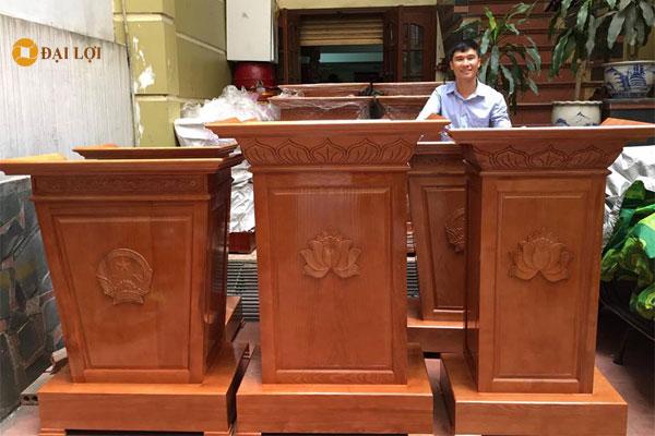 Dịch vụ và giá cho thuê bục phát biểu tại Hà Nội