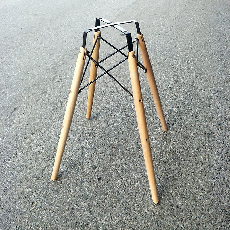 Chân bàn cafe gỗ Eames