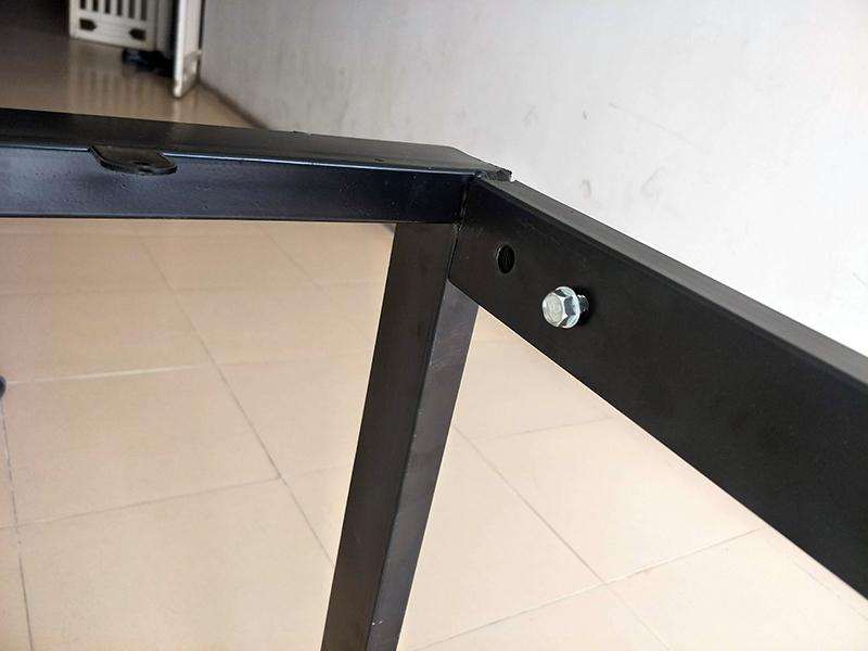 Chân bàn sắt chữ U