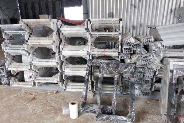 Sản xuất chân bàn sắt giá rẻ
