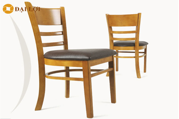 Thiết kế lưng ghế uốn cong thông minh tạo điểm tự cho lưng tránh việc ngồi bị gù