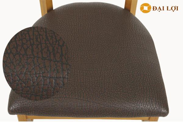 Chất liệu da Simila màu nâu cao cấp, chống nước, bám bụi bẩn và có độ bền cao