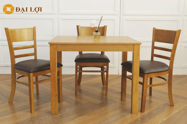 Ghế phối hợp với bàn ăn đồng bộ màu vàng nâu