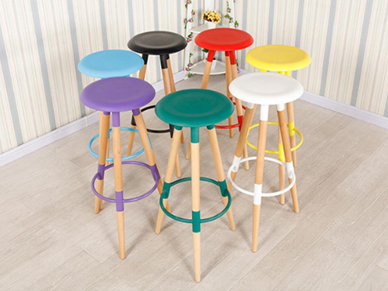 Ghế tròn 3 chân với đầy đủ màu sắc dễ dàng setup theo tone cho quán
