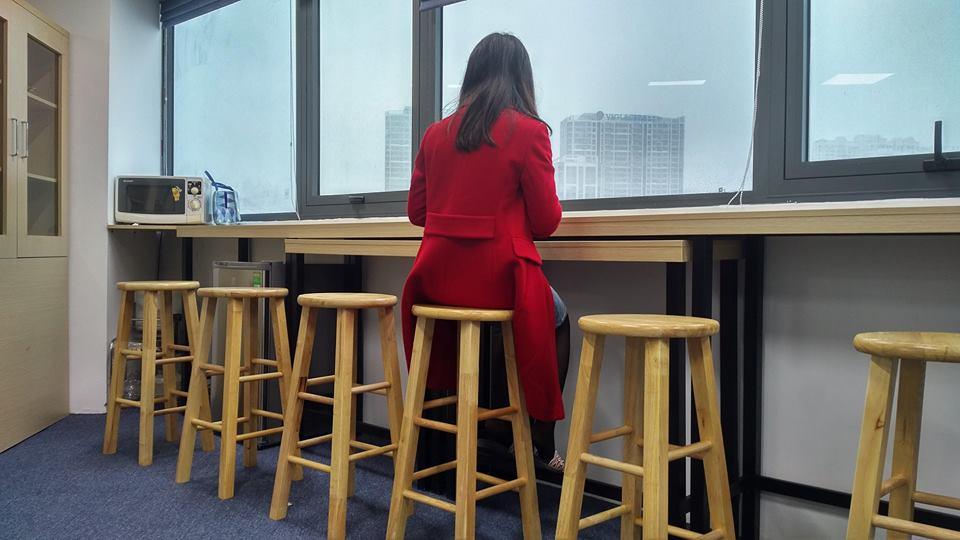 ghế bar gỗ cao su
