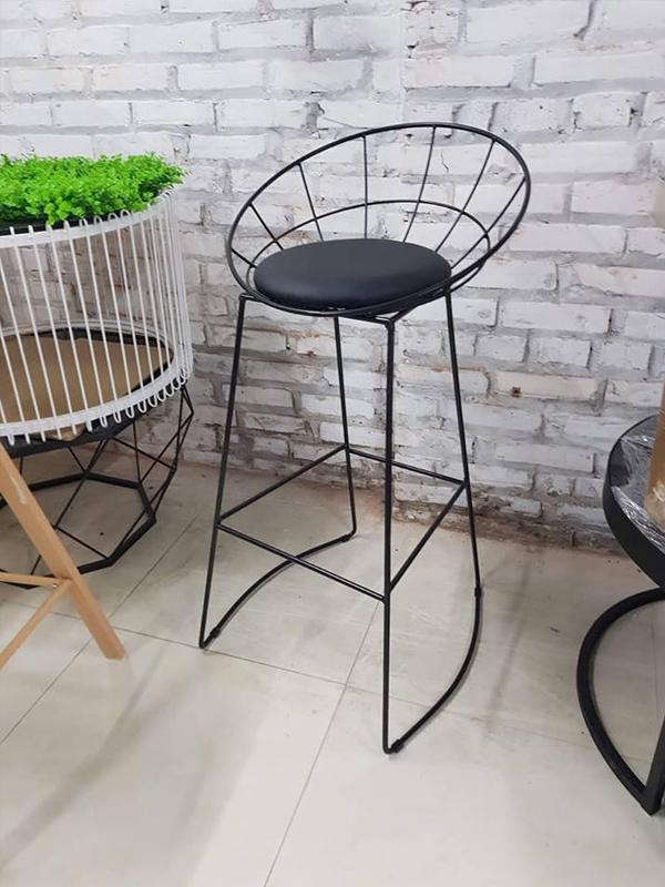 Ghế bar sắt sơn tĩnh điện màu đen
