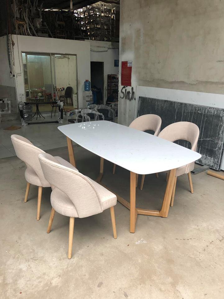 Ghế collin và bàn consoder