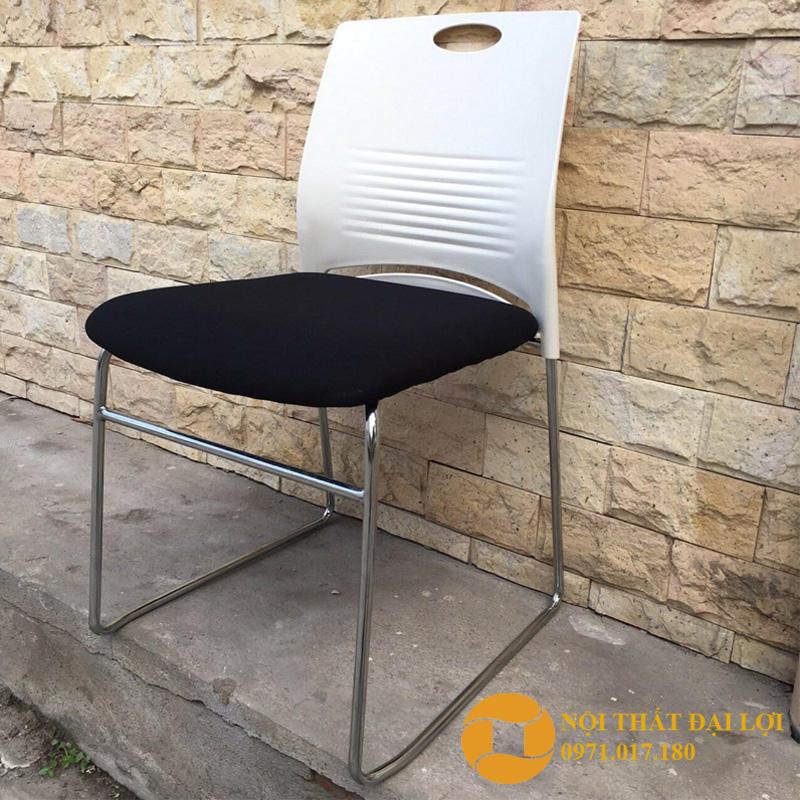 Ghế chân quỳ lưng nhựa giá rẻ