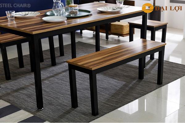 Ghế nhiều màu sắc đa dạng, và chúng tôi sản xuất theo yêu cầu khách hàng. Ghế ứng dụng làm ghế ăn hoặc ghế cafe