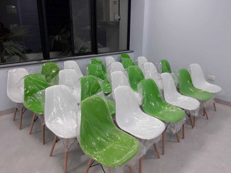 Giao 40 ghế cho khách Dingtea
