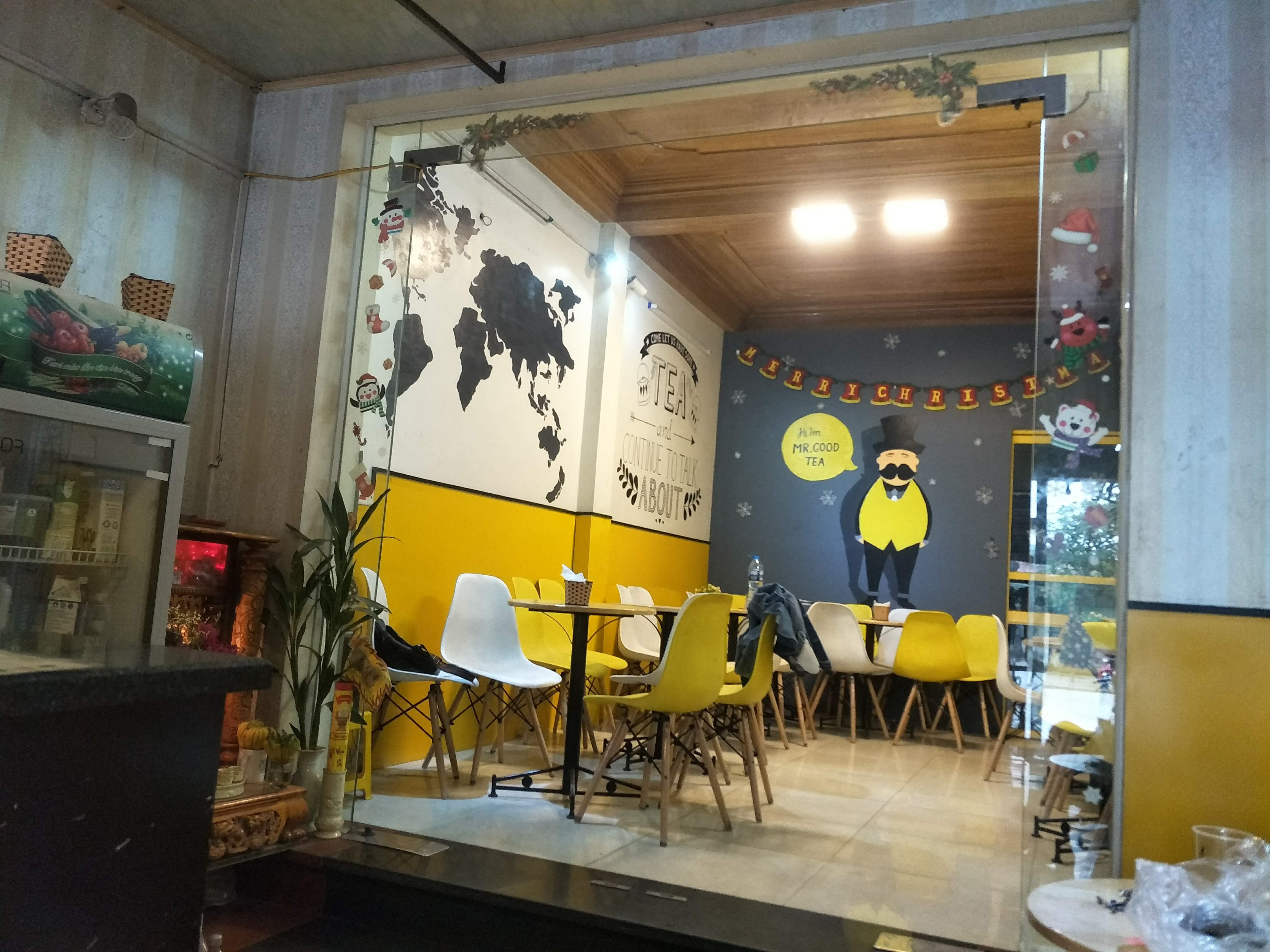 Nội Thất Đại Lợi tự hào là nhà cung cấp bàn ghế Eames cho Mr Good Tea Quán Toan, Hải Phòng