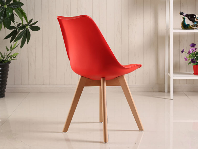 ghế Eames chân gỗ