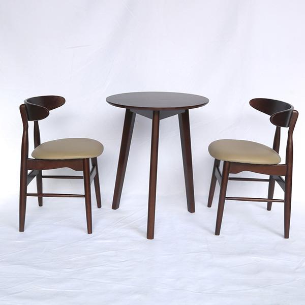 Ghế được dùng làm ghế cafe, tiếp khách