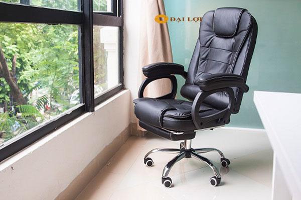Thiết kế sang trọng, phần ghế ngủ được thiết kế thông minh giấu gọn dưới chân ghế