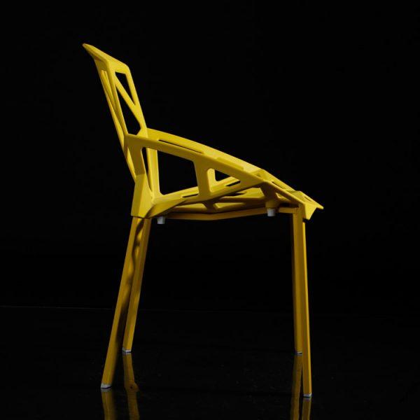 Ghế kim cương màu vàng