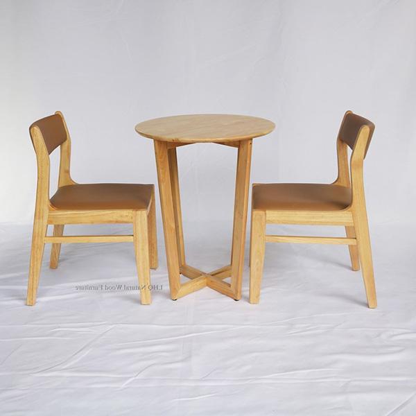 Kết hợp với bàn 3 chân làm bàn cafe