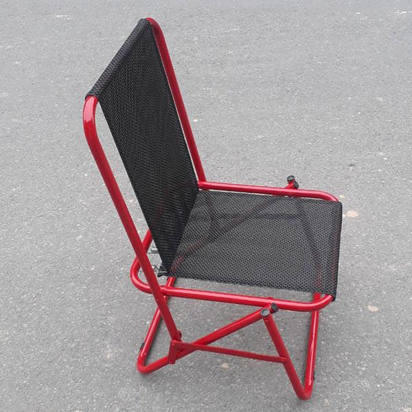 Ghế gấp vải dù Có Lò Xo tạo cảm giác thoải mái dễ chịu khi ngồi lâu