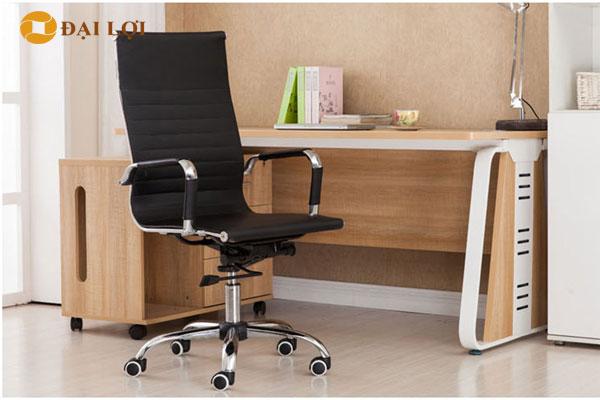 Ghế GL212 dễ dàng kết hợp với các loại bàn làm việc hiện đại