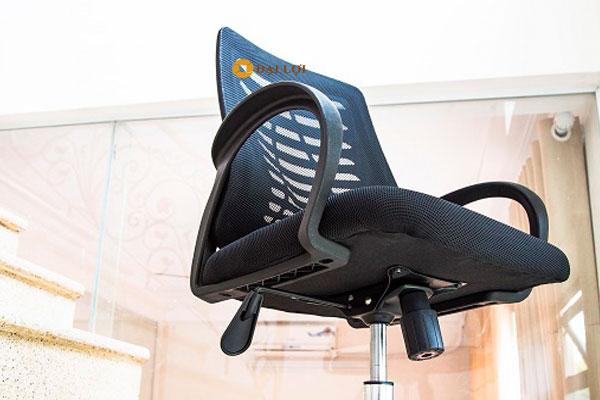 Thiết kế mặt dưới của ghế AGL102
