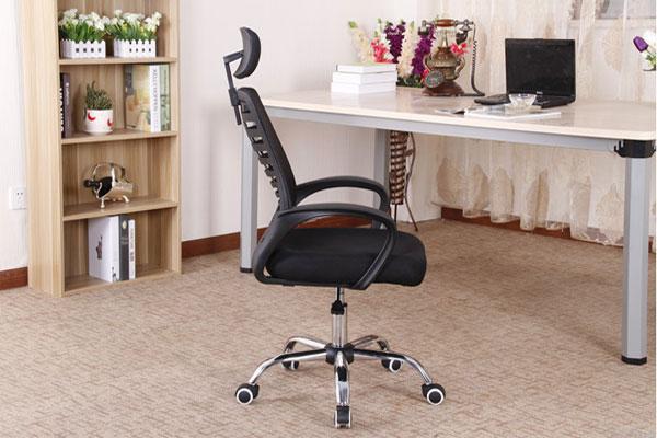 nhìn ghế từ phía sau Ghế GL117 là dòng ghế hiện đại dễ dàng kết hợp với nội thất văn phòng