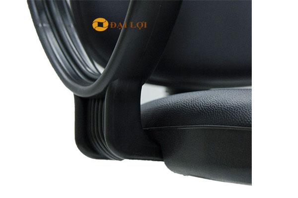 Chi tiết bọc da của ghế SG550