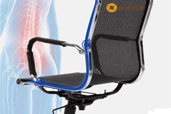 Ghế thiết kế đặc biệt chống mỏi lưng và bệnh thoái hóa cột sống