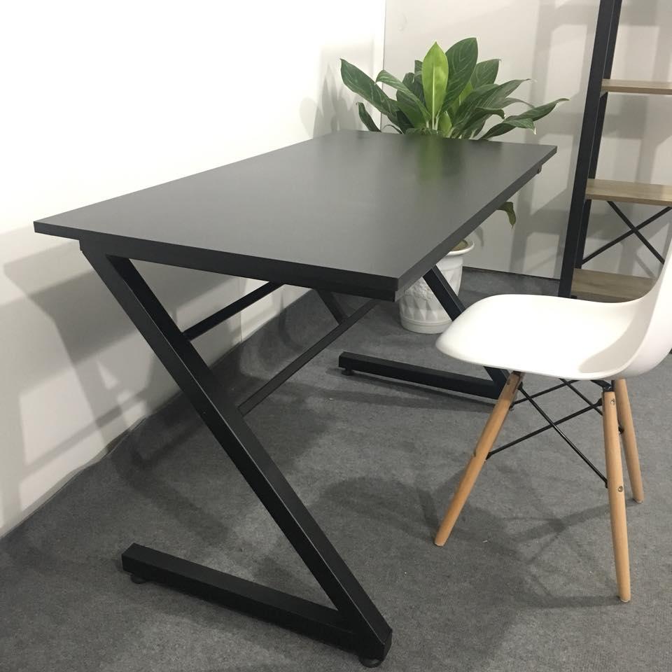 Combo màu đen và ghế Eames trắng